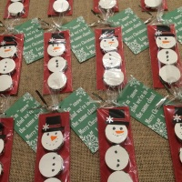 Crafting With Kids- Peppermint Patty Snowmen